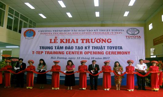 Toyota Việt Nam tiếp tục mở rộng chương trình đào tạo kỹ thuật Toyota (T-TEP) 2017