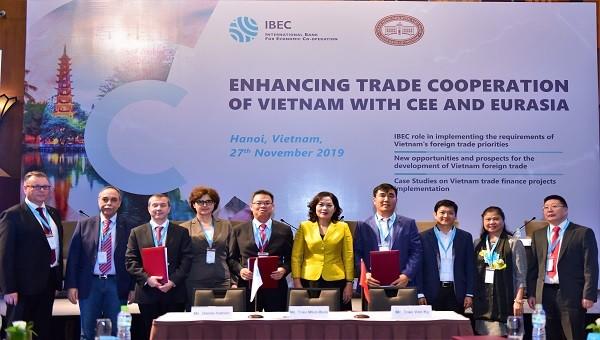 """Diễn đàn IBEC - """"Tăng cường hợp tác thương mại giữa Việt Nam và khu vực Trung – Đông Âu và Á – Âu"""""""