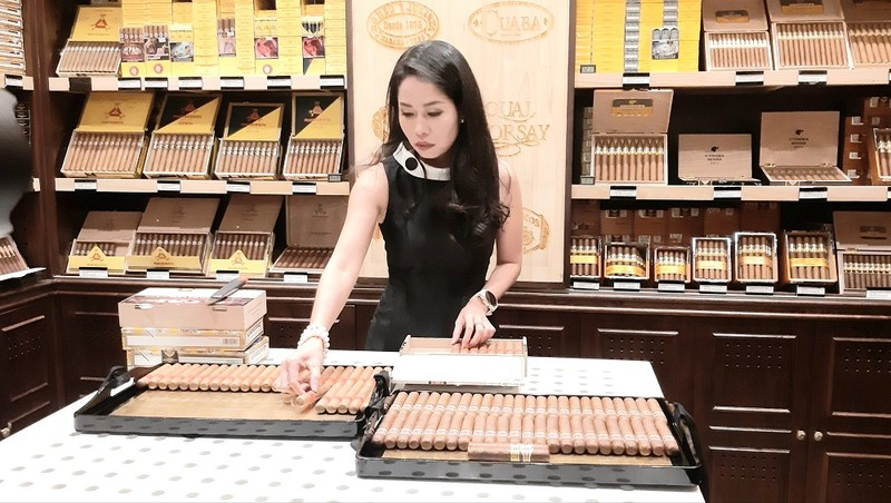 Tết này người tiêu dùng có thể thưởng thức hương vị xì-gà Cuba ngay giữa lòng Hà Nội