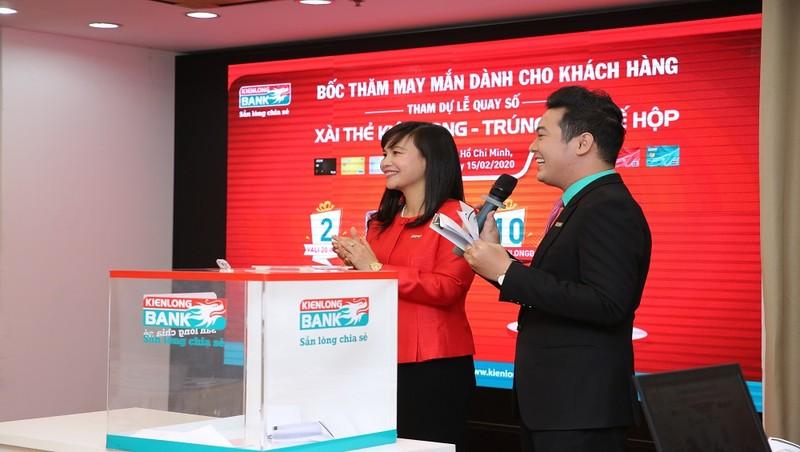 Xài thẻ Kienlongbank trúng ô tô giá trị 660 triệu đồng