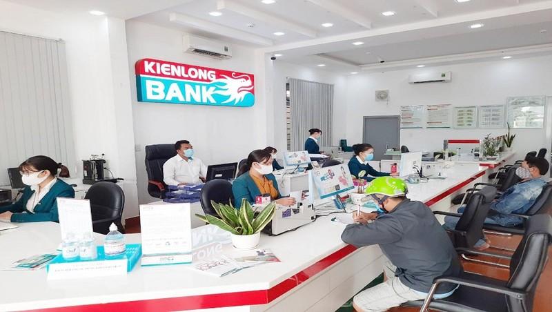 Kienlongbank giảm lãi suất vay 3% đối với khách hàng bị ảnh hưởng bởi hạn hán và xâm ngập mặn