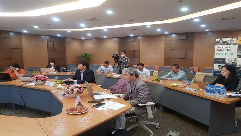 Hội thảo trực tuyến tại đầu cầu Hà Nội.