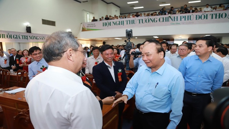 Thủ tướng Nguyễn Xuân Phúc tại Hội nghị đối thọai với nông dân năm 2019.