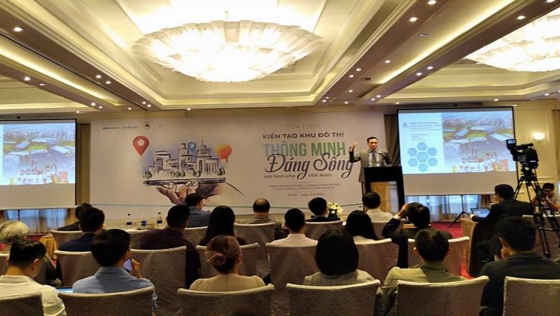"""Tọa đàm """"Kiến tạo khu đô thị thông minh và đáng sống - Mô hình cho Việt Nam""""."""