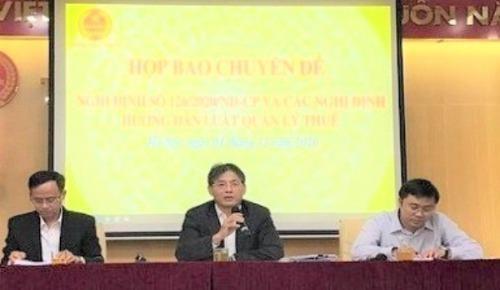 Phó Tổng cục trưởng Tổng cục Thuế Đặng Ngọc Minh chủ trì cuộc hợp báo.