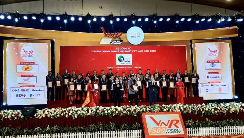 Công bố Top 500 doanh nghiệp lớn nhất Việt Nam và Top 10 công ty uy tín các ngành năm 2020