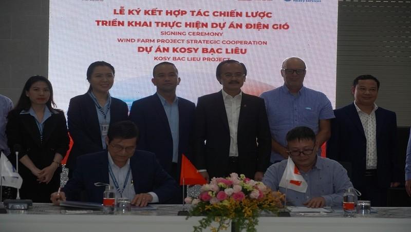 Ký kết hợp tác giữa đại diện Cảng Quốc tế Long An và đại diện Tập đoàn Đặng Gia.
