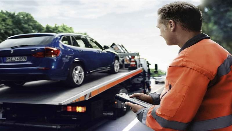 THACO hỗ trợ trên đường cho xe BMW, MINI