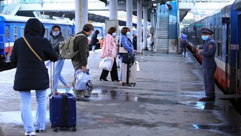 Đường sắt tăng cường nhiều tàu khách tuyến Bắc - Nam dịp nghỉ lễ 30/4, 1/5, chính thức mở bán vé từ 26/3