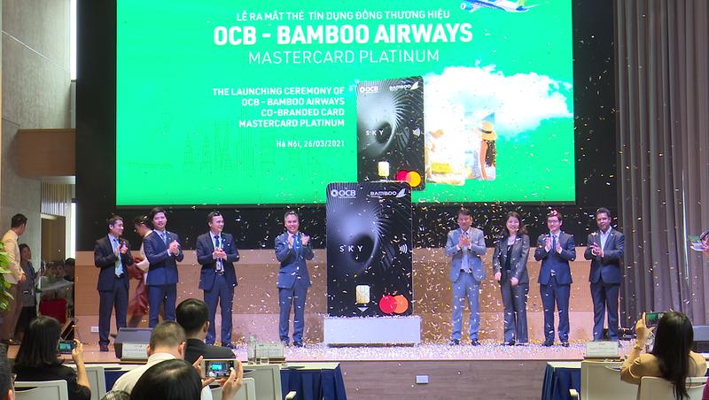 Ra mắt thẻ tín dụng dụng đồng thương hiệu OCB – Bamboo Airways MasterCard Platinum