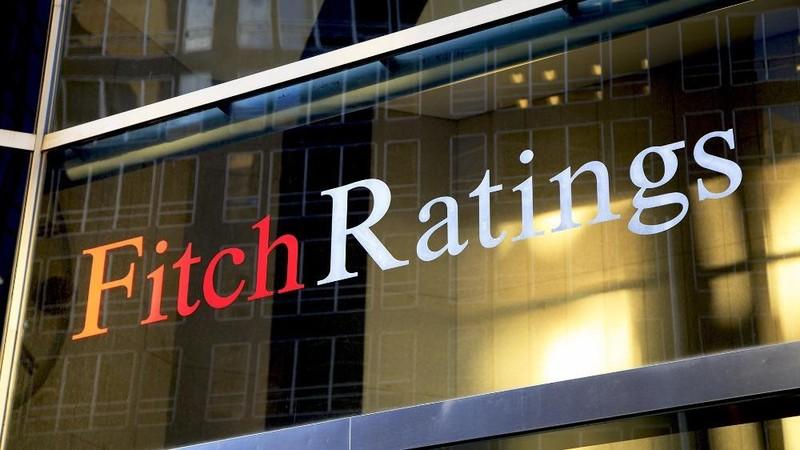 """Fitch Ratings giữ xếp hạng tín nhiệm của Việt Nam ở mức BB, nâng triển vọng từ """"Ổn định"""" lên """"Tích cực"""""""