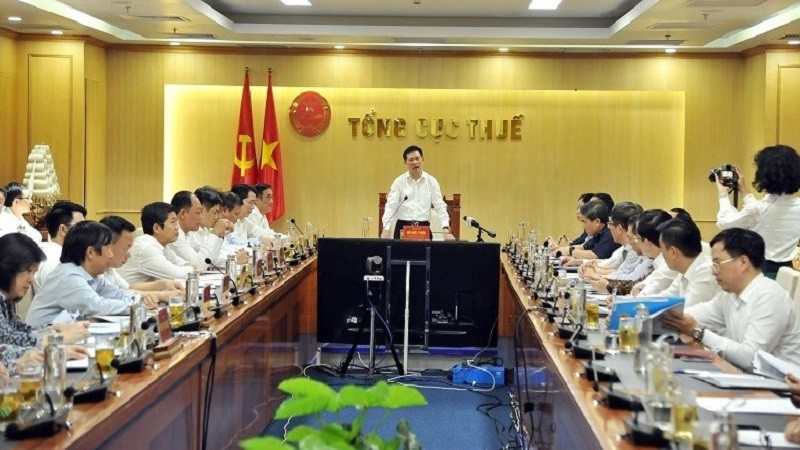 Bộ trưởng Bộ Tài chính Hồ Đức Phớc phát biểu chỉ đạo hội nghị.