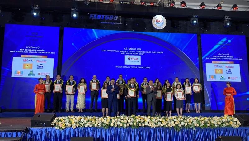 Công bố Top 500 doanh nghiệp tăng trưởng nhanh nhất Việt Nam