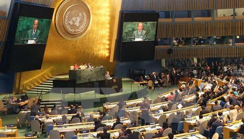 Chủ tịch QH Nguyễn Sinh Hùng phát biểu tại Phiên toàn thể lần thứ nhất của Hội nghị Thế giới các Chủ tịch QH. Ảnh: TTXVN