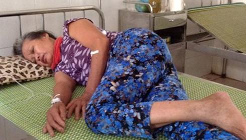 Bà Đ.T.Đ đang được điều trị tại phòng khám Đức Lĩnh.