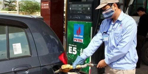 Lãnh đạo Hà Nội yêu cầu xe công phải dùng xăng E5