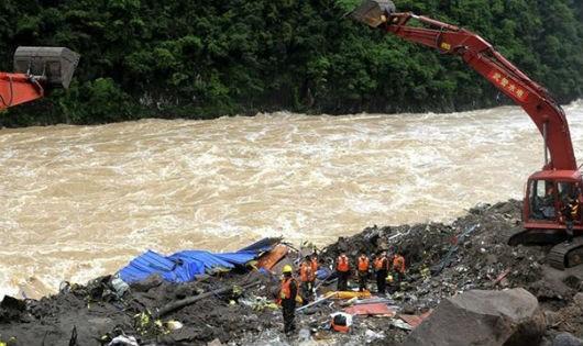 Hàng chục người thiệt mạng do mưa lớn