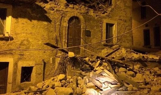 Động đất cực mạnh ở Italy, ít nhất 10 người thiệt mạng