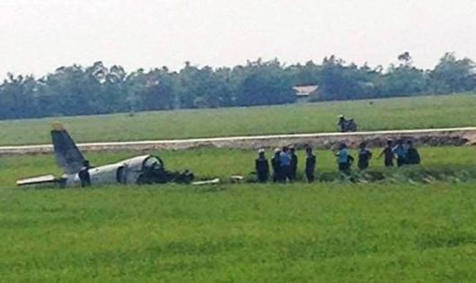 Học viên phi công tử nạn trong buồng lái máy bay quân sự L-39