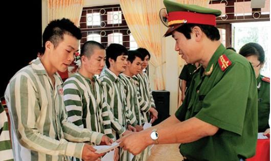 Phó Thủ tướng Trương Hòa Bình chủ trì xét duyệt hồ sơ đặc xá đặc biệt