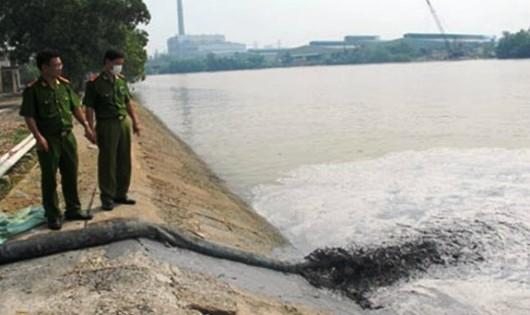 Có thể phạt đến 1 tỷ đồng cá nhân xả nước thải nguy hại