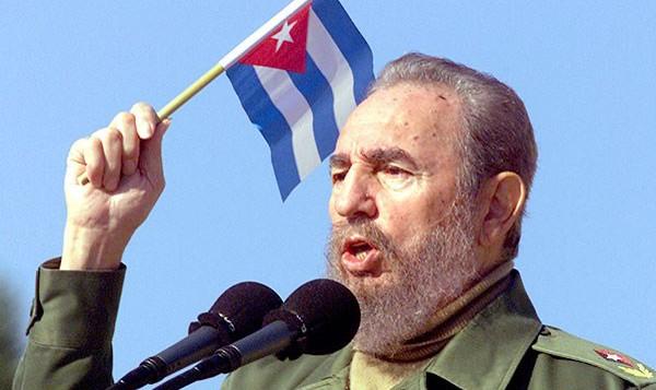 Lãnh tụ Fidel Castro qua đời