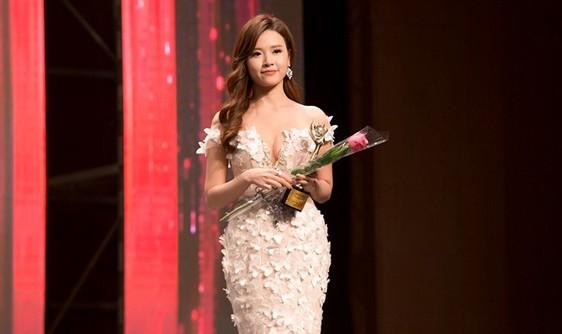 Korean Culture Entertainment Awards là giải thưởng Hàn Quốc do Tổng hiệp hội Nhà báo và Hiệp hội Giải trí xứ Hàn tổ chức thường niên vào tháng 11 hàng năm.