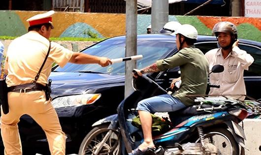 Hà Nội: Cấm cảnh sát giao thông truy đuổi người vi phạm