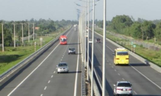 Xây dựng đường bộ cao tốc Hà Nội - TP HCM