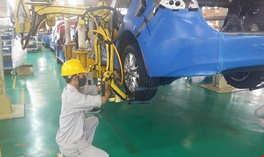 Chỉ nhập, sản xuất lắp ráp ô tô dùng nhiên liệu điêzen đến hết 31/12/2017