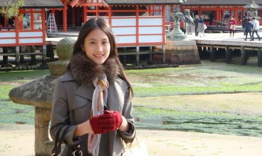 Lâm Dịch Hàm treo cổ tự sát ở tuổi 26.