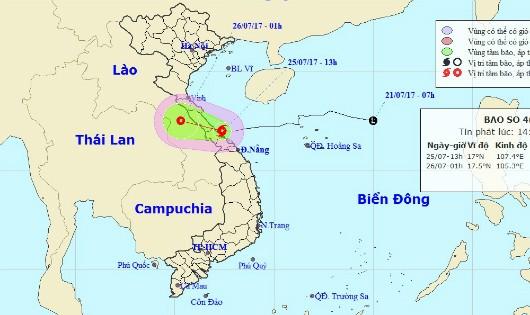 Bão cấp 8 đổ bộ bờ biển Quảng Bình - Quảng Trị