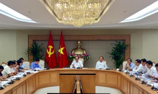 Thủ tướng 'phê bình gắt gao' 13 lãnh đạo tỉnh, bộ ngành