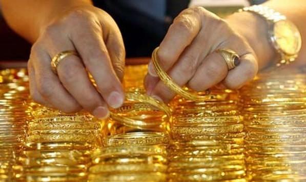 Vàng chốt tuần tăng 200.000 đồng mỗi lượng