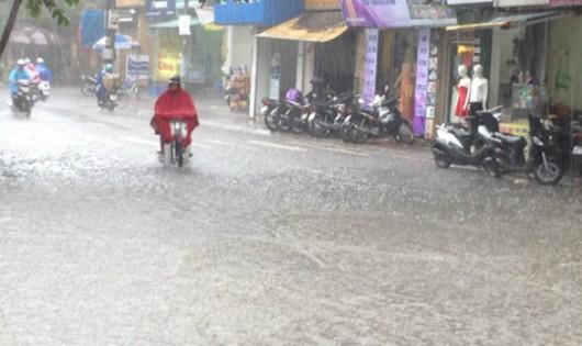 Bão suy yếu, miền Bắc mưa to đến cuối tuần