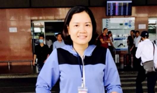 Nhân viên sân bay Nội Bài trả lại hàng trăm triệu đồng cho hành khách