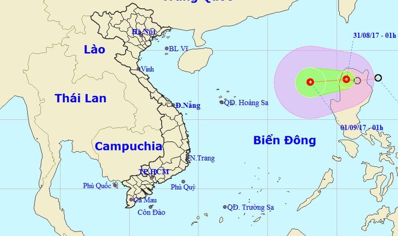 Áp thấp nhiệt đới gần biển Đông, đất liền mưa dông rải rác cả 3 miền