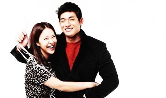 """""""Nữ hoàng nhạc phim"""" Baek Ji Young và Jung Suk Won - diễn viên từng đóng """"Hoàng tử gác mái""""."""