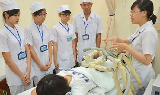 Siết chặt quy định đối với ngành đào tạo y dược