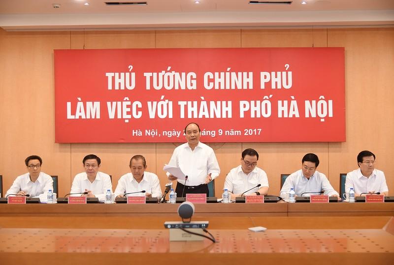 Thủ tướng Nguyễn Xuân Phúc và các Phó Thủ tướng Chính phủ làm việc với lãnh đạo TP. Hà Nội. Ảnh: VGP/Quang Hiếu