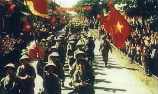Những khoảnh khắc lịch sử ngày Giải phóng Thủ đô