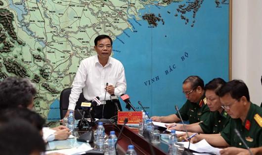 Bộ trưởng - Trưởng ban Nguyễn Xuân Cường chỉ đạo cuộc họp.