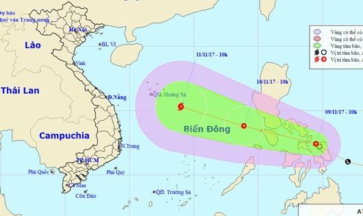 Áp thấp nhiệt đới có thể mạnh thành bão đang tiến vào Biển Đông
