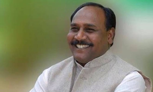 Bộ trưởng hạnh phúc' ở Ấn Độ bị truy nã vì nghi giết người