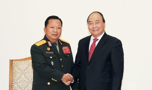 'Việt Nam luôn quan niệm giúp Lào là giúp chính mình'