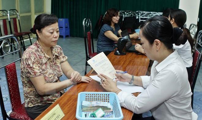 Khoảng 3.000 phụ nữ bị giảm lương hưu nếu nghỉ từ năm 2018?