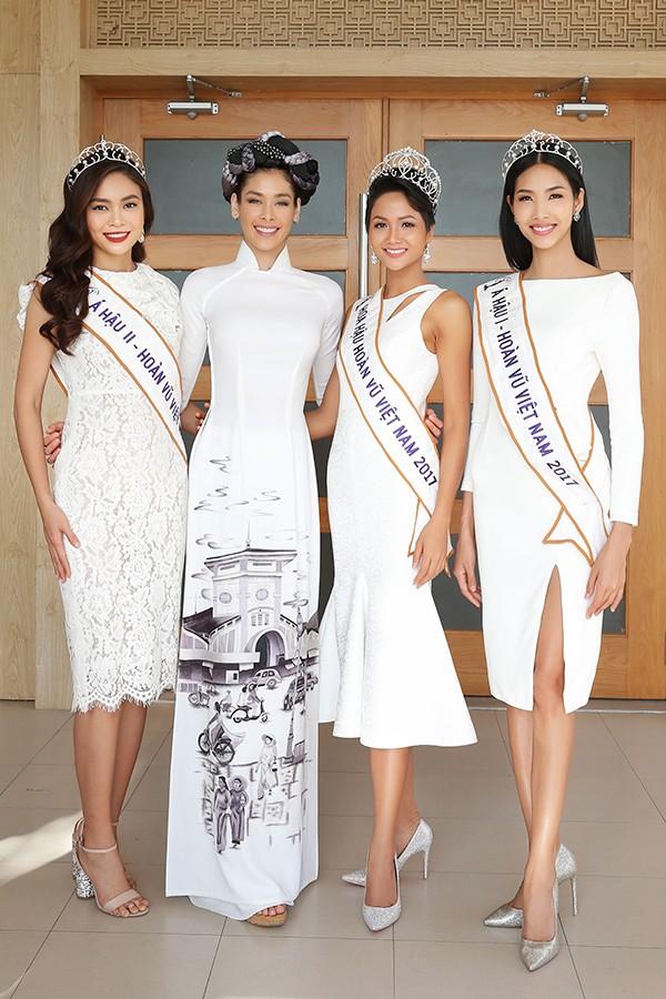 HHen Niê và hai Á hậu đọ sắc cùng Miss Universe 2008 Dayana Mendoza - 4