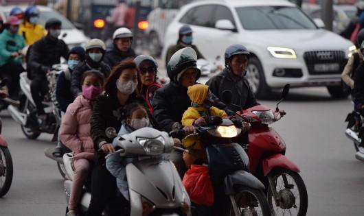 Hành động vì tính mạng trẻ em và giảm ùn tắc ở Hà Nội, TP HCM