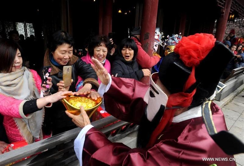 Trung Quốc,Thần Tài,ngày Thần Tài,may mắn