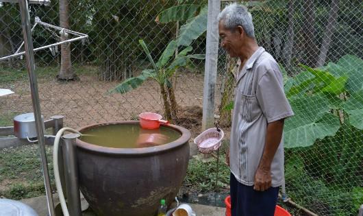 """'Tốn' 70 triệu đồng người dân đang 'khát"""" ở Đồng Nai mới có nước sạch?"""